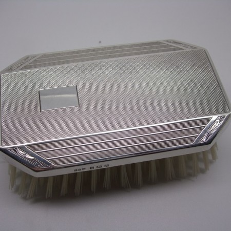 Gents silver hairbrush