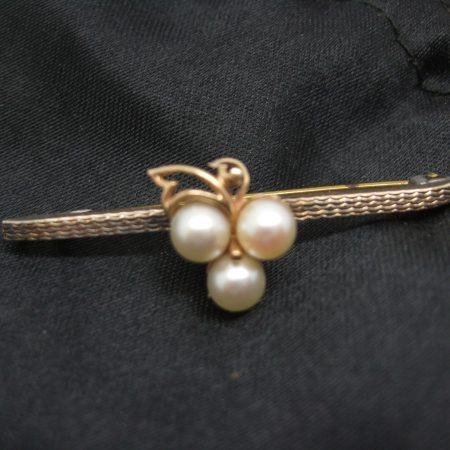 9ct,silver & pearl brooch
