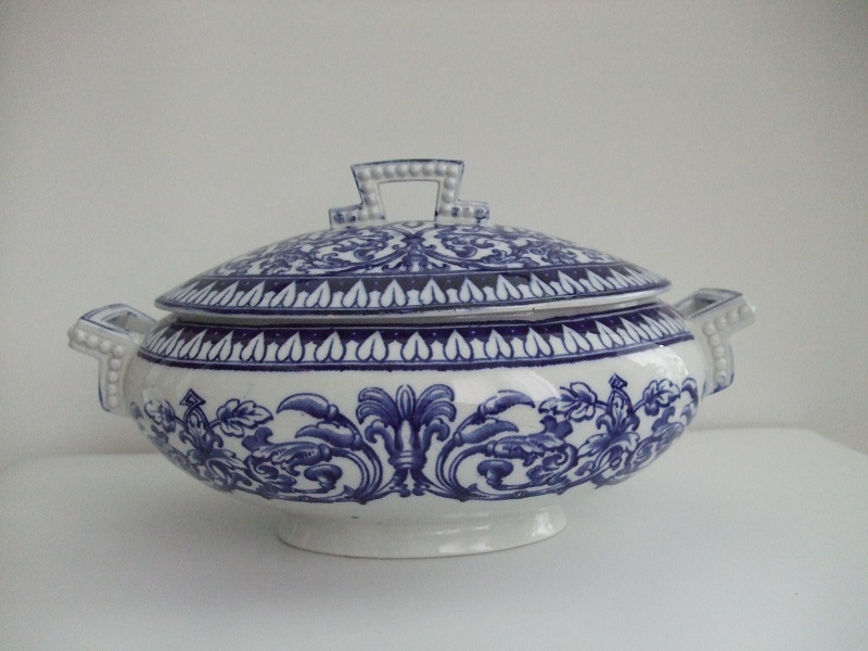 Tutonic tureen